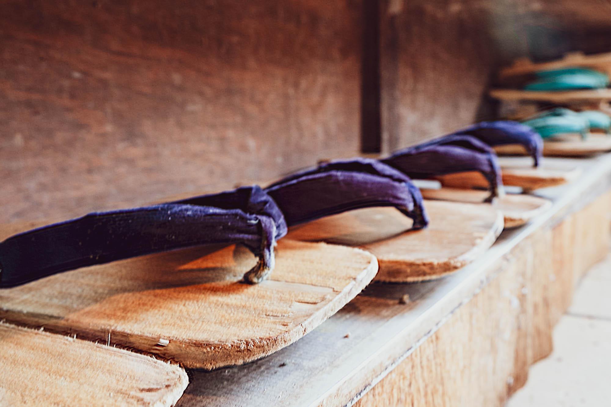sandales de bois ainokura