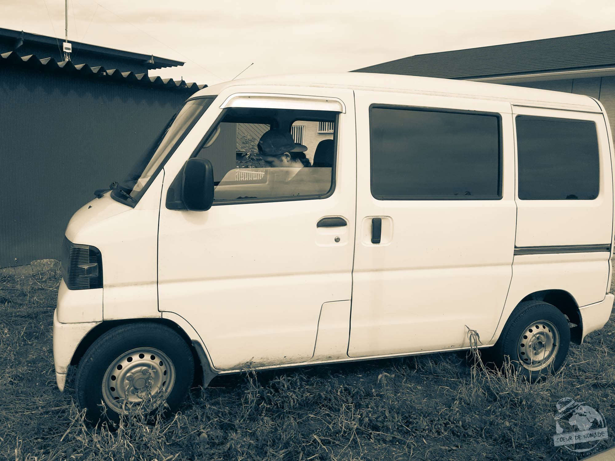 camionnette blanche wwoofing Chiba